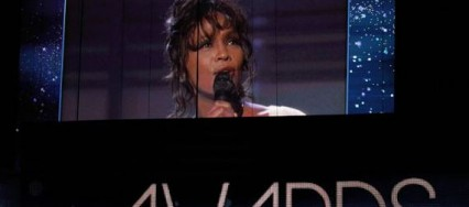 Grammy-2012-Tribute-to-whitney-houston-newzitiv